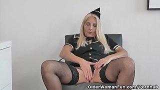 Florida milf Chery Leigh's flight attendant skills
