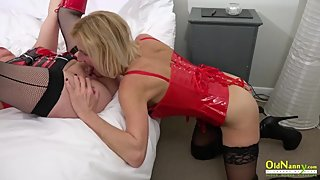 OldNannY Two Mature Lesbians and Latex Sex Toys