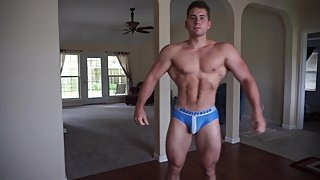 Huge Muscle Jock flexing every sexy muscle!