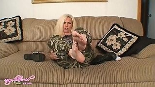 miitary sexy mature lady feet joi