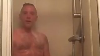 Mature uk straight dad showing off in the shower