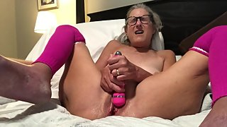 Hot Granny Milf Takes 9 inch dildo Mature spread wide pussy pink stockings
