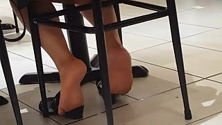 Mature lady soles at the food court