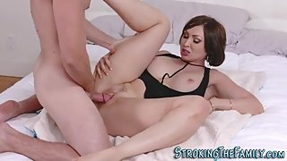 Slutty cougar spunks cock