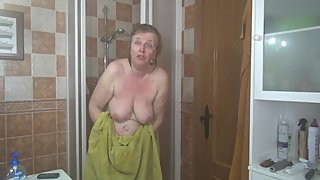 AbbyRoberts mature pornstar out of the shower