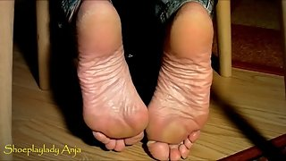 gorgeous huge mature wrinkled soles in flip flops - shoeplaylady anja feet