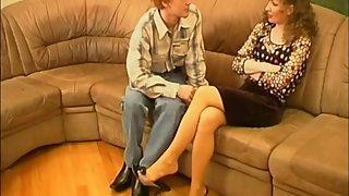 Guy play with aunt's nylon feet