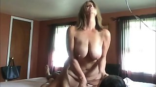 Busty mature wife rides her ex big cock like a real master