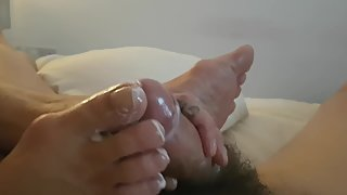 Amateur brit mature toejob and footjob part 1