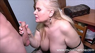 Blowjob and titjob with a mature expert