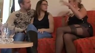 German, helping him - deutschmeet.com